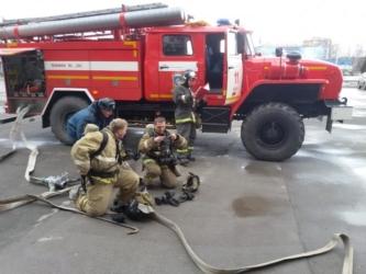 Спасатели эвакуировали 22 человека из жилого дома в Черемхово в Приангарье