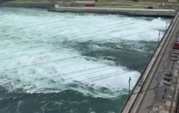 Сбросы воды на Иркутской ГЭС увеличат 20 июля до максимума